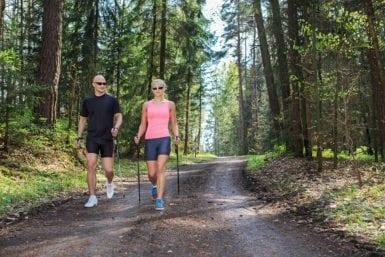Nordic Walking im Sommerurlaub in Flachau